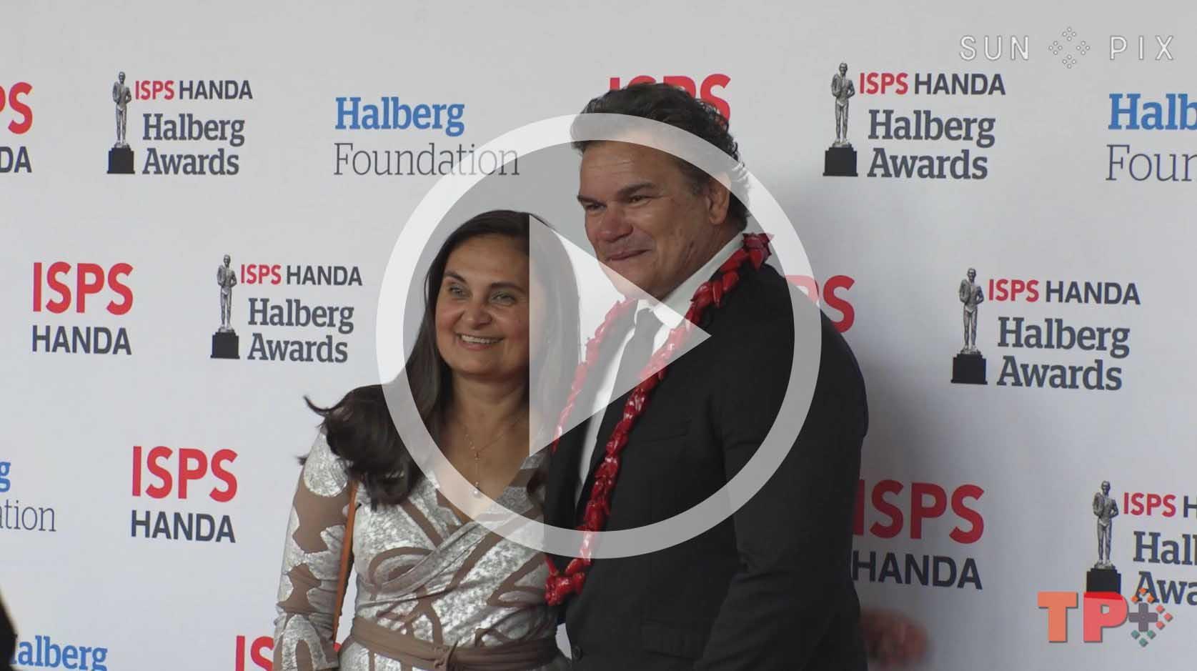 La'auli Sir Michael Jones and wife at the 2021 Halberg Awards
