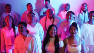 Tua i Manu by Lani Alo features support from Mona Fua and the EFKS New Vision Youth Choir.